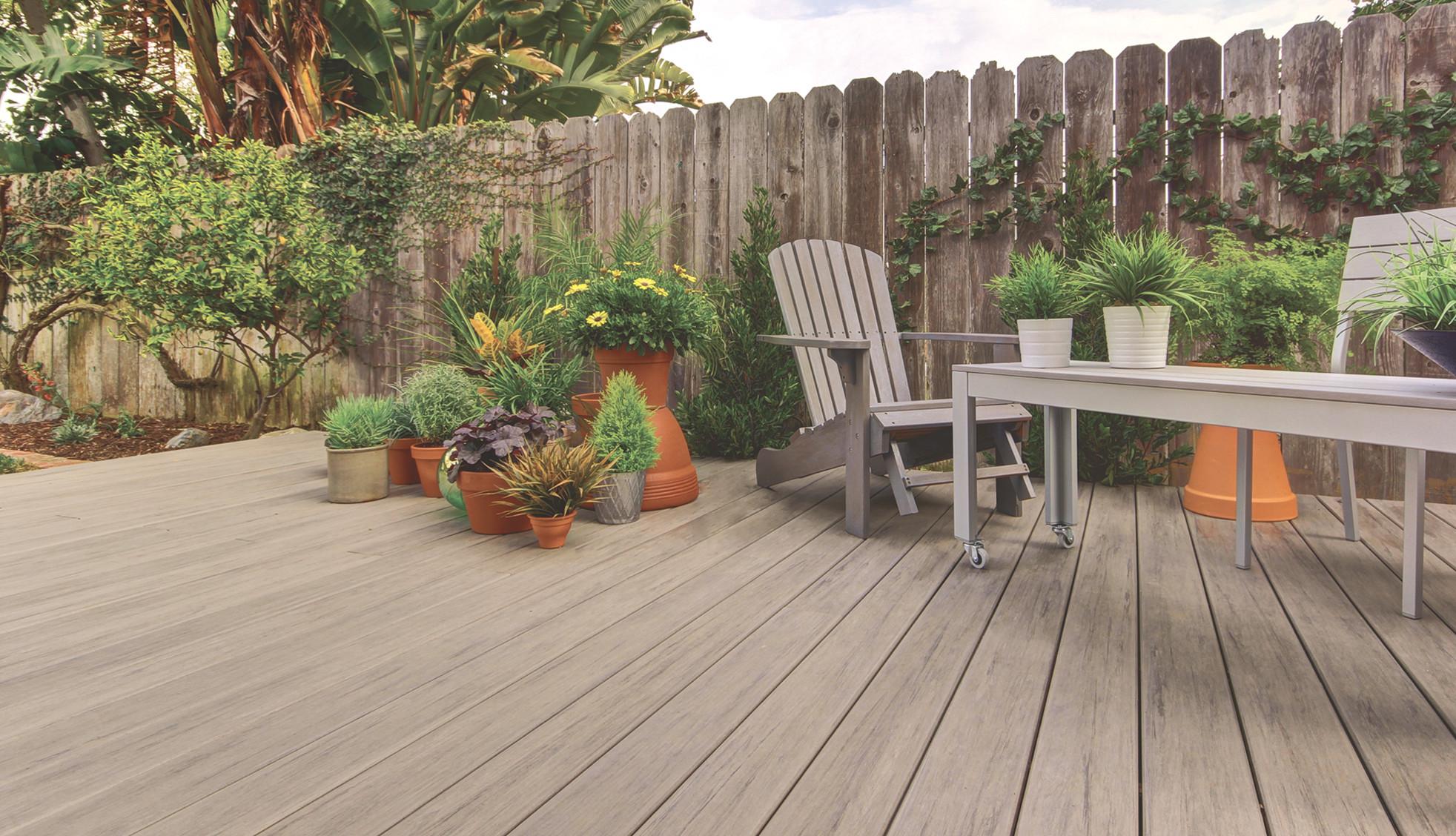 Collection de terrasses Legacy de TimberTech de couleur Ashwood