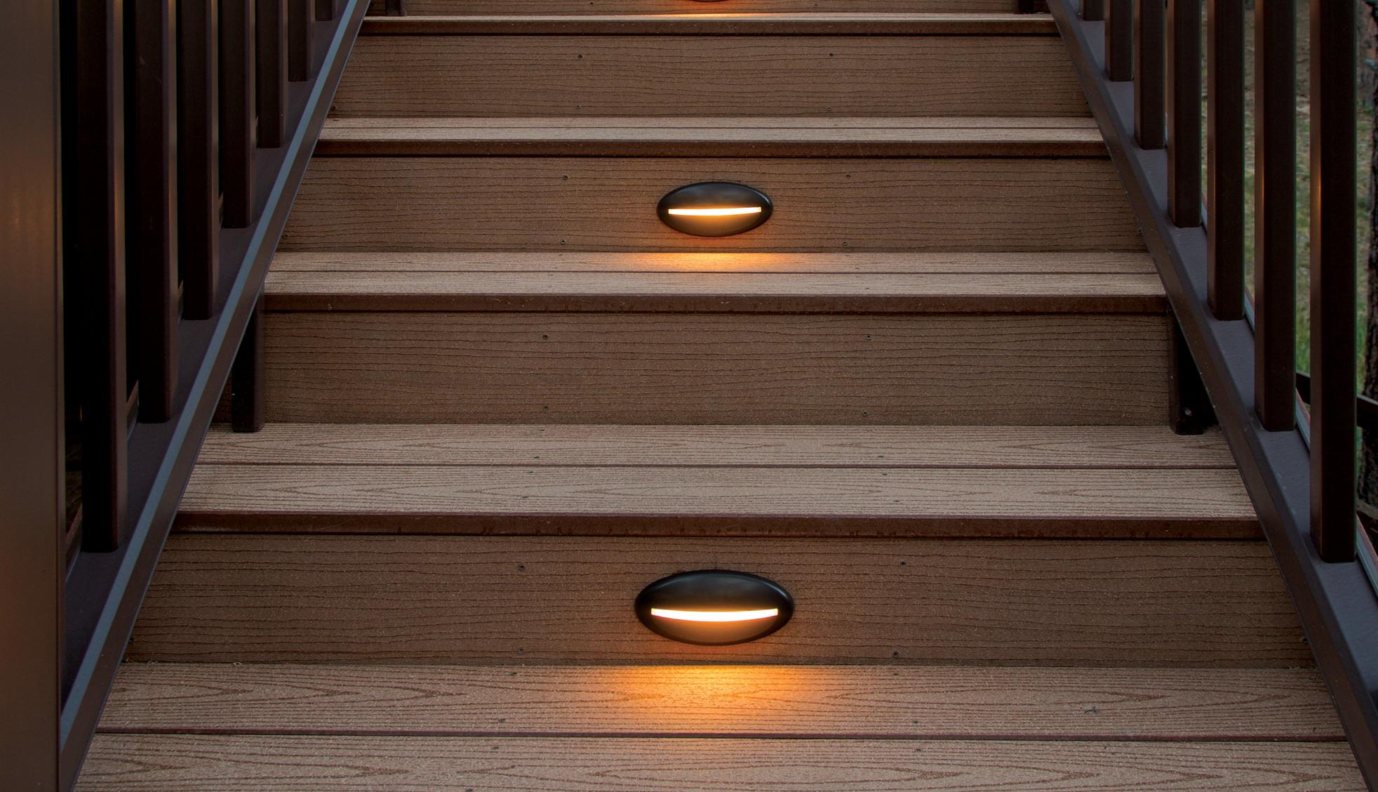 Contremarche pour terrasses TimberTech - Vue 1