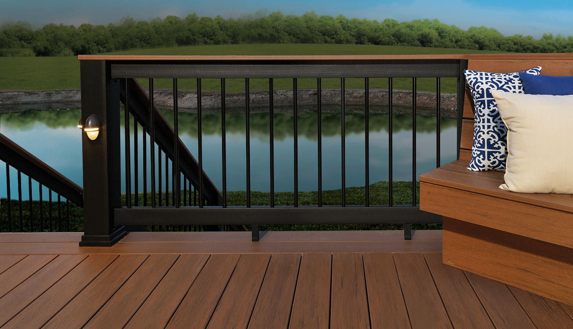 Poteau Secure Mount pour terrasses TimberTech- Vue 1