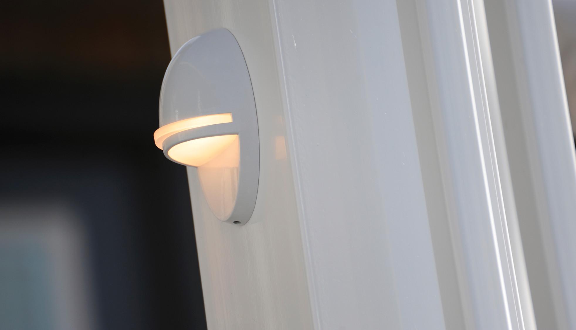 Luces decorativas para cubiertas de TimberTech: imagen 1