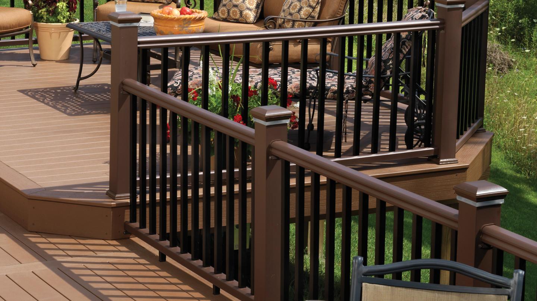 RadianceRail Express Composite Deck Railing | TimberTech Doe