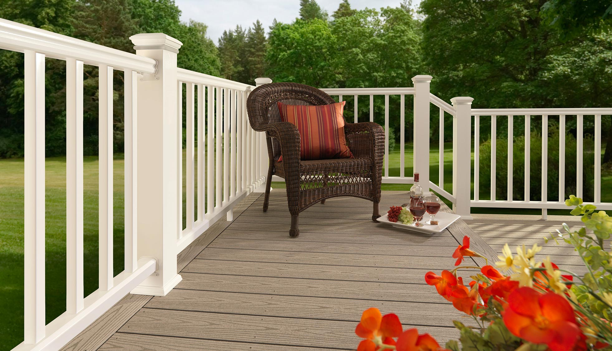Collection de terrasses ReliaBoard de TimberTech de couleur Gray