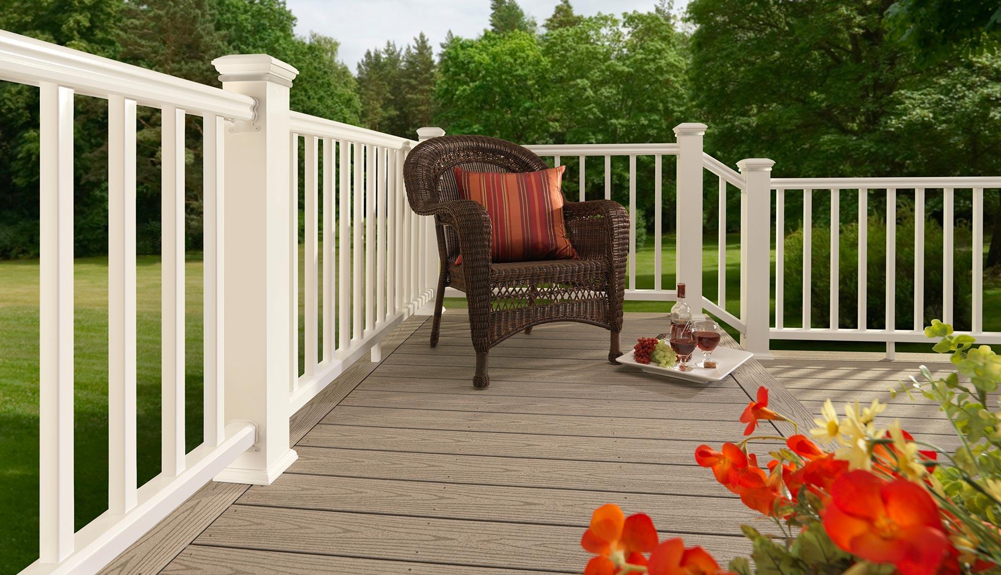 Collection de terrasses ReliaBoard de TimberTech de couleur Gray